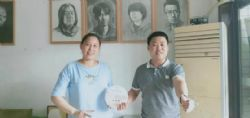 惠州市湖南千赢官方网站商会执行部一行走访商会副秘书长姚喜卿的手工魔芋工作室